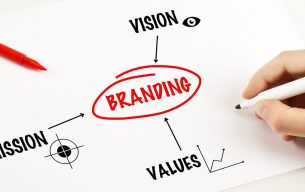 Mengupas Tuntas Manfaat dan Tujuan Utama Desain Logo